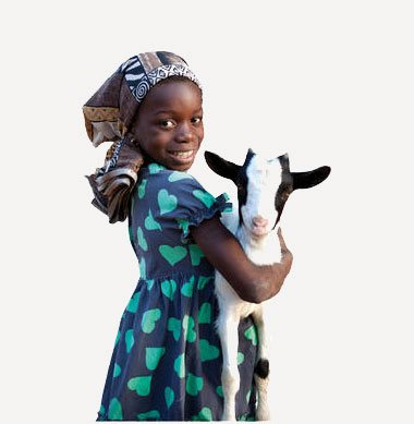 Mädchen aus Afrika mit einer Ziege